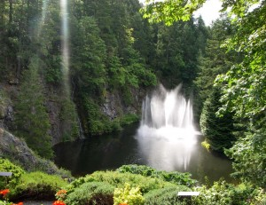 ross-fountain-butchart-gardens-01